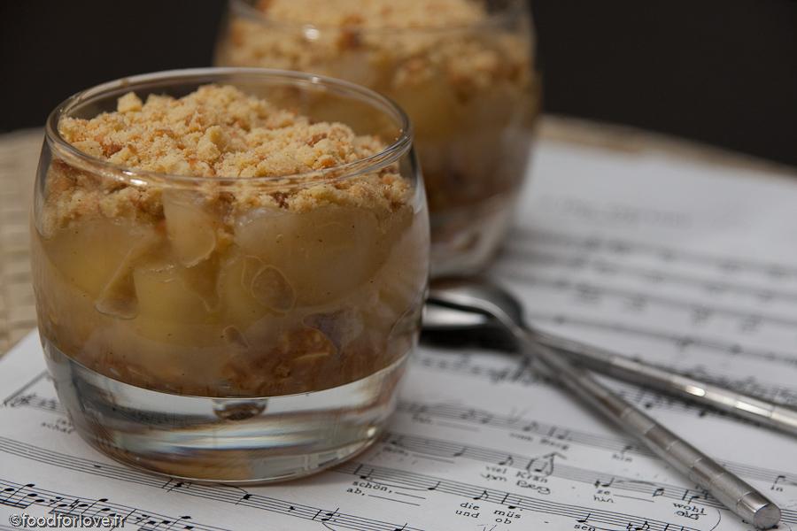 Verrines d 39 automne compote de poires noix caramel au beurre sal et crumble aux epices food - Verrine d automne ...