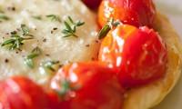 Tartelettes au Rocamadour et Tomates Cerise