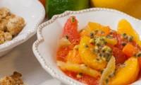 Salade d'Agrumes aux Fruits de la Passion, Crumble à la Noix de Coco