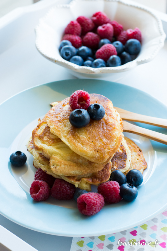 Blueberry pancakes-3