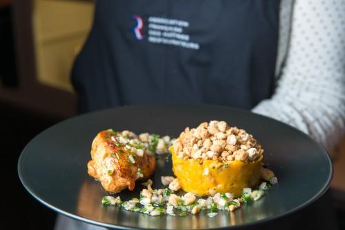 Maîtres Restaurateurs - AFMR-La Brigade des Blogueurs - Les plats - Poulet de Bresse -Réjane FOOD FOR LOVE - Poulet crumble