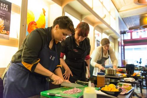 Maîtres Restaurateurs - AFMR-La Brigade des Blogueurs - Les plats - Poulet de Bresse - Anaïs et Sandra CUISINE-ADDICT - Poêlée