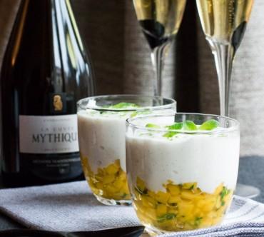 Mousse Légère Vanillée, Brunoise de Mangue au Citron Vert et à la Menthe