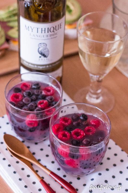 gel e de vin blanc aux fruits rouges food for love. Black Bedroom Furniture Sets. Home Design Ideas