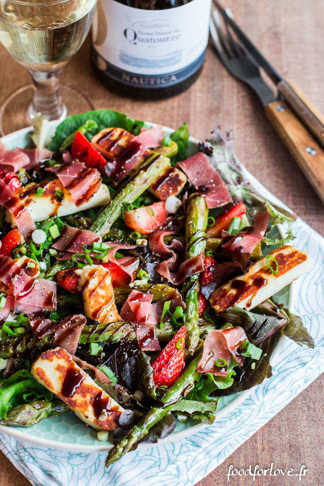 salade asperges vertes halloumi jambon cru fraises vinadeis (3 sur 13)