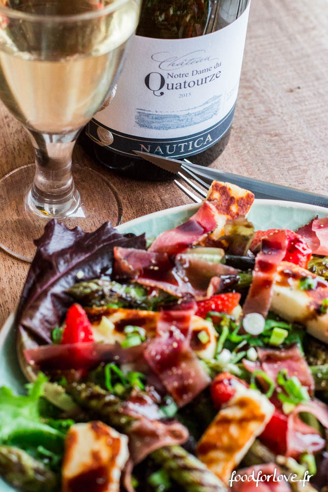 salade asperges vertes halloumi jambon cru fraises vinadeis (8 sur 13)