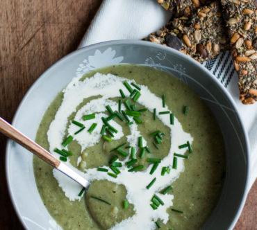 Soupe de Choux de Bruxelles et Panais, au Lait de Coco
