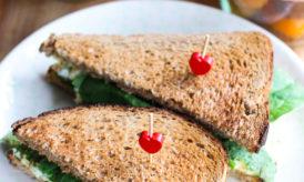 Sandwich aux Oeufs Mimosa et aux Epinards