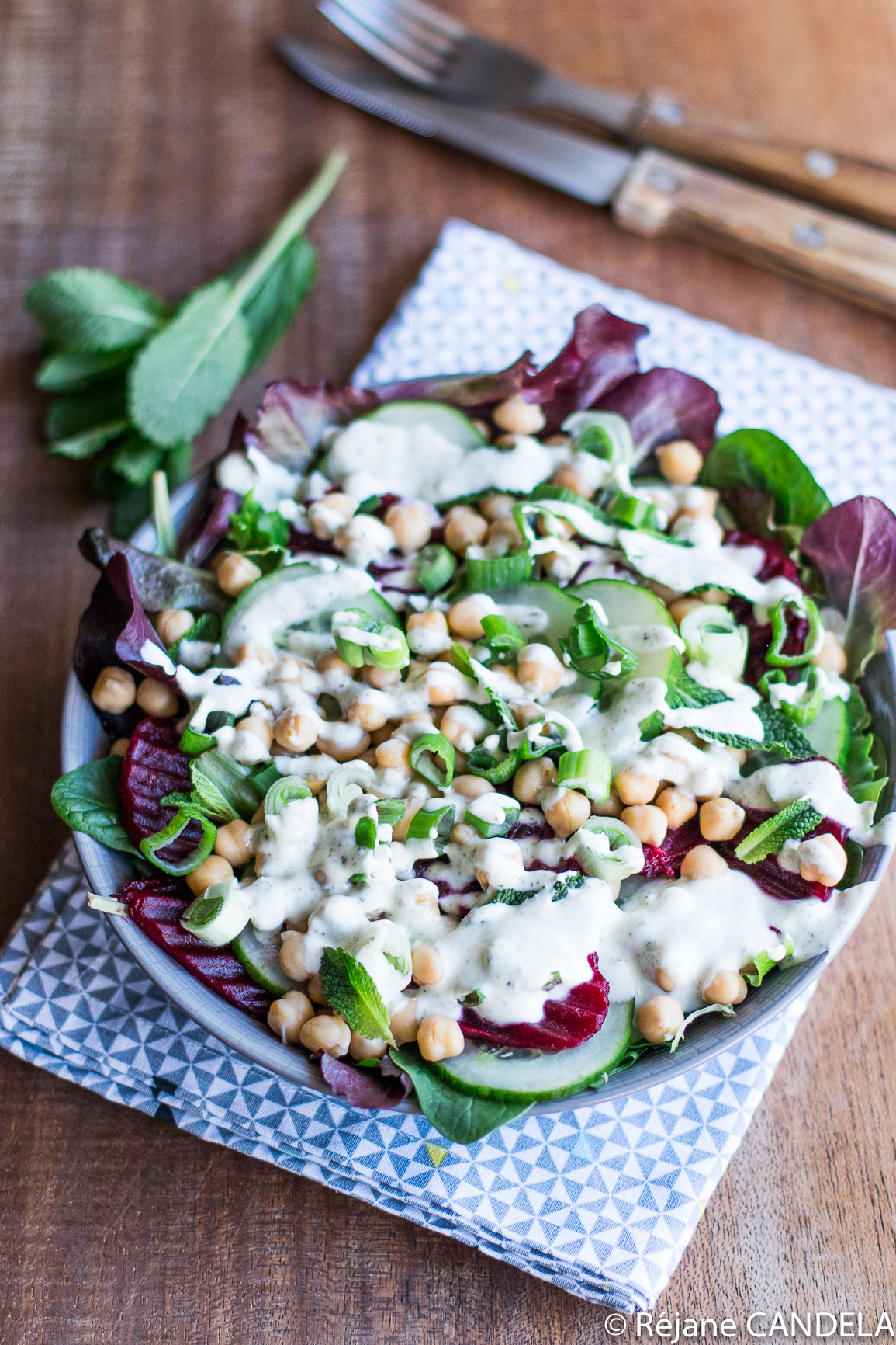 SALADE BETTERAVE POIS CHICHES CHEVRE MENTHE-7